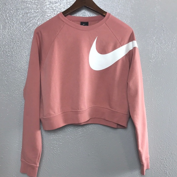 0abfc23d3c3cd Nike Versa Graphic Cropped Sweatshirt. M 5b32f776f63eea2f6d7e078e